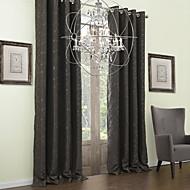 Dvije zavjese Prozor Liječenje Neoclassical , List Polyester Materijal Blackout Zavjese Zavjese Početna Dekoracija For Prozor