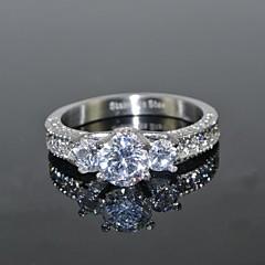 Naisten jäljitelmä Diamond Love ylellisyyttä koruja Morsius pukukorut Ruostumaton teräs Zirkoni Cubic Zirkonia Round Shape Crown Shape
