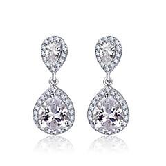 deux boucles d'oreilles goutte d'eau zircon cubique dangle de mariée pour les femmes