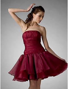 Aライン ボールガウン プリンセス ストラップレス 膝丈 オーガンザ カクテルパーティー 卒業パーティー 祝日 16歳誕生日 ドレス とともに ドレープ フリル 〜によって TS Couture®