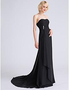 גזרת A סטרפלס שובל סוויפ \ בראש שיפון שמלה לשושבינה  עם חרוזים בד נשפך בצד קפלים מדורגים על ידי LAN TING BRIDE®