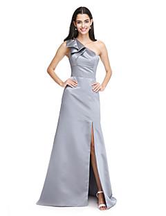 גזרת A כתפיה אחת שובל סוויפ \ בראש סאטן שמלה לשושבינה  עם פפיון(ים) שסע קדמי על ידי LAN TING BRIDE®