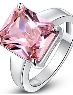 Kadın's Evlilik Yüzükleri Kübik Zirconia Basic Tasarım Aşk Sexy Moda Kişiselleştirilmiş sevimli Stil lüks mücevher Klasik Zarif Zirkon