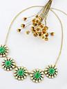 Kayshine Green Diamond Daisy colier
