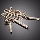 رخيصةأون مجموعات المجوهرات-نسائي مكعب زركونيا كلاسيكي ستايل مجموعة مجوهرات - بسيط, كلاسيكي, أساسي تتضمن أقراط طارة عقد ذهبي / فضي من أجل مدرسة مواعدة
