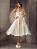 Χαμηλού Κόστους Νυφικά-Γραμμή Α Στράπλες Κάτω από το γόνατο Δαντέλα / Σατέν Φορέματα γάμου φτιαγμένα στο μέτρο με Χάντρες / Ζώνη / Κορδέλα με LAN TING BRIDE®