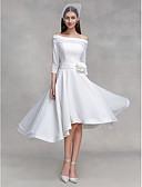 billige Bryllupskjoler-A-linje Løse skuldre Asymmetrisk Chiffon / Sateng Made-To-Measure Brudekjoler med Blomst / Knapp av LAN TING BRIDE® / Små Hvite Kjoler