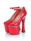 ieftine Rochii NYE-Pentru femei PU Primăvară / Toamnă Pantofi formale Tocuri Tocuri Spike Vârf rotund Cristal / Cataramă Alb / Negru / Rosu / Party & Seară / Rochie / Party & Seară