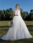 cheap Wedding Dresses-Ball Gown Sweetheart Cathedral Train Tulle Custom Wedding Dresses with Beading Appliques Sash / Ribbon Flower by LAN TING BRIDE®