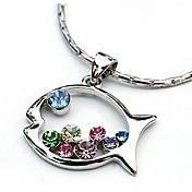 nuevo y encantador collar de colgante en forma de pez de diamantes de color elegante estilo