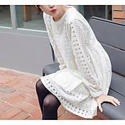 早春2017韓国の甘いレースの透かし彫りのかぎ針編みラウンドネック長袖無地ドレス