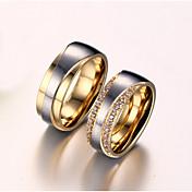 女性用 カップルリング キュービックジルコニア 合成ダイヤモンド 幸福 結婚式 ジルコン チタン鋼 ゴールドメッキ 幸福 ジュエリー 結婚式 記念日 誕生日 婚約 日常