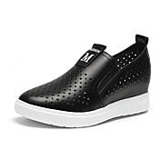 女性用 靴 繊維 マイクロファイバー 春 夏 コンフォートシューズ ローファー&スリップアドオン ウォーキング フラットヒール ラウンドトウ のために カジュアル ホワイト ブラック