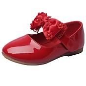 女の子 靴 レザーレット 春 秋 コンフォートシューズ フラワーガールシューズ フラット リボン 面ファスナー 用途 結婚式 ドレスシューズ ホワイト ブラック ベージュ レッド