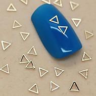 200db üreges háromszög alakú arany fém szelet nail art dekoráció