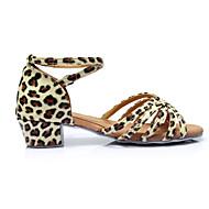 baratos Sapatilhas de Dança-Mulheres Sapatos de Dança Latina Cetim Salto Presilha Salto Personalizado Personalizável Sapatos de Dança Marron / Leopardo / Nú