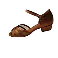 baratos Sapatilhas de Dança-Mulheres Sapatos de Dança Latina / Sapatos de Salsa / Sapatos de Samba Cetim / Courino Salto Presilha Salto Baixo Não Personalizável Sapatos de Dança Preto / Marrom / Azul Real / Interior / Couro
