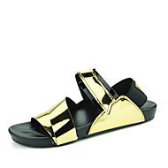 pantofi pentru bărbați PU sandale pantofi casual de apă casual, toc plat catarama negru / argintiu / auriu