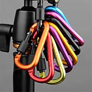 安全ロックボタンフック屋外ハイキングキャンプハイキングバックパックキーリングやかんトン(色ランダム5セット)