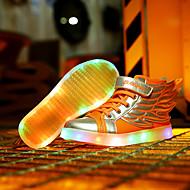 tanie Obuwie chłopięce-Dla chłopców Buty PU Zima Comfort Buty do lekkiej atletyki LED Szurowane na Atletyczny White Orange Black and Gold Różowy