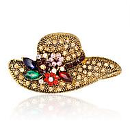 hesapli -Kadın's Broşlar Euramerican Moda Yapay Elmas alaşım Geometric Shape Altın Mücevher Uyumluluk Düğün Parti Özel Anlar Günlük