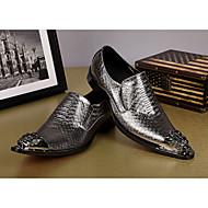 baratos Sapatos Masculinos-Homens Sapatos formais Pele Napa Primavera / Outono Oxfords Dourado / Prata / Festas & Noite / Sapatas de novidade