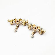hesapli -Kadın's Broşlar Moda Kişiselleştirilmiş Euramerican alaşım Mücevher Için Düğün Parti Özel Anlar