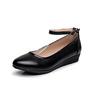 baratos Sapatilhas Femininas-Feminino Saltos Sapatos formais Pele Real Primavera Outono Presilha Anabela Preto 2,5 a 4,5 cm