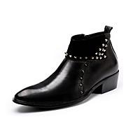 お買い得  メンズブーツ-男性用 靴 レザー 冬 秋 ファッションブーツ ブーティー ブーツ リベット ジッパー のために カジュアル パーティー ブラック レッド