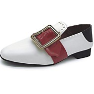 Damen Schuhe PU Herbst Komfort Loafers & Slip-Ons Block Ferse Runde Zehe Schnalle Für Normal Weiß Khaki Dunkelgrün