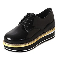 cheap Women's Oxfords-Women's Shoes Rubber Fall / Winter Comfort Oxfords Flat Heel Round Toe White / Black