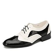 """billige Kustomiserte dansesko-Herre Swingsko Lakklær Flate Ytelse Flat hæl Svart/Hvit 1 """"- 1 3/4"""" Kan spesialtilpasses"""