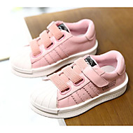 baratos Sapatos de Menina-Para Meninas Sapatos Couro Primavera / Outono Conforto Tênis para Branco / Preto / Rosa claro