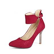 baratos Sapatos de Salto-Mulheres Sapatos Pele Nobuck Primavera / Outono Conforto / Tira no Tornozelo Saltos Salto Agulha Dedo Apontado Presilha Preto / Vermelho