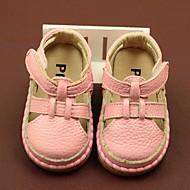 baratos Sapatos de Menino-Para Meninos / Para Meninas Sapatos Pele Verão Primeiros Passos Sandálias para Branco / Amarelo / Rosa claro