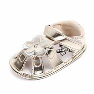 baratos Sapatos de Menina-Para Meninas Sapatos Couro Ecológico Verão Primeiros Passos Sandálias Flor / Velcro para Bebê Dourado / Prateado