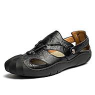 tanie Obuwie męskie-Męskie Skórzany Lato Comfort Sandały Black / Brown / Khaki