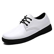 baratos Sapatos de Tamanho Pequeno-Homens Sapatos formais Couro Ecológico Outono Conforto Oxfords Branco / Preto / Festas & Noite