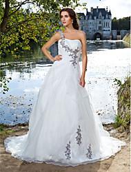 Ballkleid Ein-Schulter Hof Schleppe Organza Hochzeitskleid mit Perlenstickerei Applikationen Seiten-drapiert durch LAN TING BRIDE®