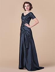 Недорогие -А-силуэт V-образный вырез В пол Тафта Платье для матери невесты с Перекрещивание от LAN TING BRIDE®