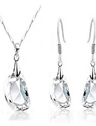 White crystal pea earrings necklace suits