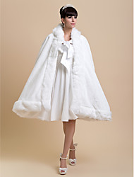 Pelliccia sintetica Matrimonio Da sera Coprispalle in pelliccia Wraps Wedding Mantelle con cappuccio e poncho Mantelline