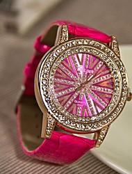 Недорогие -Rocky женская мода высокого класса горный хрусталь кварцевые часы (разные цвета)