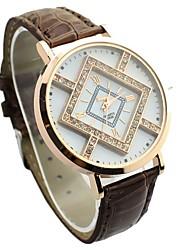 Недорогие -JINI женщин характер решетки алмаза набором цвет кожаный ремешок часы