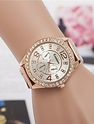 abordables -Femme Quartz Montre Bracelet Alliage Bande Etincelant / Mode Argent / Doré / Or Rose