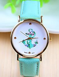 Недорогие -Опасности женская кожаная полоса аналогового кварцевого случайные часы (разных цветов)