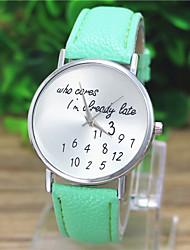 Недорогие -Geneve женский кожаный ремешок аналоговые кварцевые случайные часы (разных цветов)