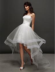 Ballkleid Trägerlos Asymmetrisch Tüll Hochzeitskleid mit Horizontal gerüscht Seiten-drapiert durch LAN TING BRIDE®