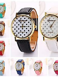Недорогие -Women  Dots Printing  Pu Leather  Brand Luxury Lady Bracket Dress Wristwatch (Assorted Colors)C&D-205