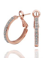 Feminino Brincos Curtos Brincos em Argola Jóias de Luxo bijuterias Zircônia Cubica 18K ouro Imitações de Diamante Formato Circular Jóias